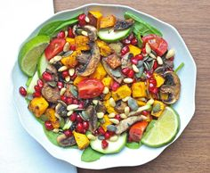 Rosemary Roasted Squash and Mushroom Salad by Deliciously Ella: vegan, plant based diet, gluten free, sugar free, dairy free, dinner, fall, autumn salad. /// Oh my goodness this was TO DIE FOR. So good. Better than the salads in most restaurants by far.