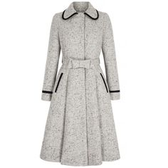Honest coat tweed Coat Wool and Silk Tweed - SuzannahSuzannah Wool and Silk Tweed Style Coat with wonderful charm. Perfect for glamorous city days and winter weddings.British Designer Suzannah creates b Pretty Outfits, Beautiful Outfits, Hijab Fashion, Fashion Dresses, Style Fashion, Mode Mantel, Tweed Coat, Mode Outfits, Coat Dress
