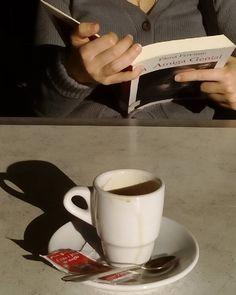 #cofee #café #reading #leitura #vício #addiction #prazer #pleasure #gostos #tastes #instagood