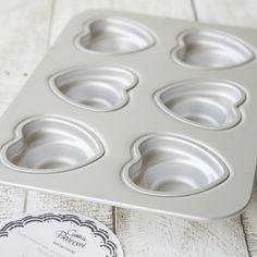 Cynthia Barcomi Kitchenware :: Herz Törtchenform