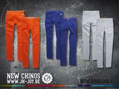 Les chinos J sont disponibles dans les points de vente ainsi que sur notre site :)