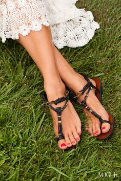 leather & chain sandals