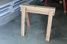 How To Build A Quick And Easy Sawhorse