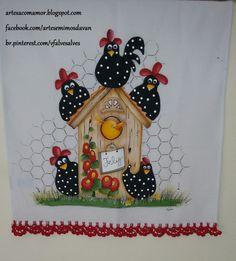 Pano de Prato de Algodão,medidas 70x50cm.  Pintado á mão com barrado de crochê.  Faço nas cores á gosto do cliente.