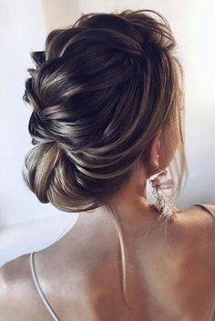 Wedding Hairstyles Ideas For Brides With Thin Hair ★ wedding hairstyles for thin hair textured low updo for short hair tonyastylist