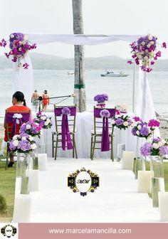 Decoracion y elaboracion de altar para boda en cartagena colombia. En la playa por Marcela Mancilla. Ver: www.marcelamancilla.com