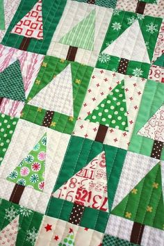 Patchwork Tree Quilt Block Tutorial by Amy Smart   Diary of a Quilter