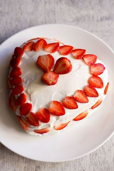 strawberry cream cake recipewith step by step photos -i had made this strawberry cream cake quite some time back. with the christmas coming up in a day's time, i thought why not write this post.