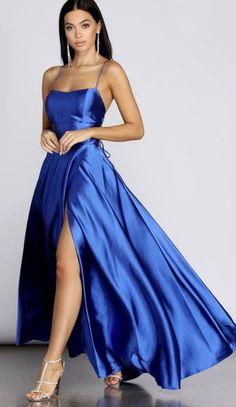 Pretty Prom Dresses, Prom Dresses Blue, Dance Dresses, Satin Dresses, Ball Dresses, Cute Dresses, Strapless Dress Formal, Beautiful Dresses, Ball Gowns