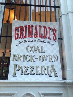 Grimaldi's Pizzeria w Brooklyn, NY