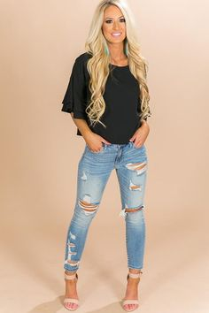 Brighton Babe Shift Top in Black Black Women Fashion, Look Fashion, Autumn Fashion, Fashion Outfits, Womens Fashion, Fashion Styles, Mode Jeans, Outfit Trends, High Jeans