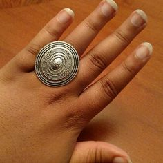 Silver Oval Ring Nice and simple silver ring. It stretches to accommodate different finger sizes. Nice piece! Jewelry Rings