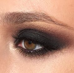 Bronze and black smoky eye Makeup Trends, Makeup Inspo, Makeup Inspiration, Glam Makeup, Eye Makeup, Hair Makeup, Makeup Meme, Airbrush Makeup, Beauty Make-up
