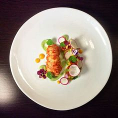 Gourmet Recipes, Appetizer Recipes, Restaurant Plates, Chef Dishes, Michelin Star Food, Fancy Dishes, Plate Presentation, Culinary Arts, Plated Desserts