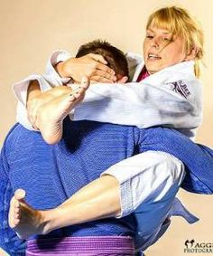 The Best BJJ Gear for Women: No Gi, Gi, and Random Girl Necessities | Breaking Muscle