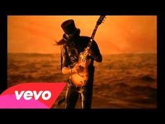 -Guns N' Roses - Estranged. Puedo decir que es una de mis canciones favoritas, es una lástima que los integrantes originales de esta banda no estén unidos. / I can say that is one of my favorite songs, it's a shame that the original members of this band are not attached.