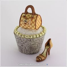 Micro Fashion Collection - gumpaste sugar shoes and purses for cupcakes., via Flickr.