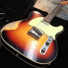 Sunglasses required to admire this Sunburst treat from the Custom Shop. Fender Guitar Case, Gibson Guitars, Fender Guitars, Fender Stratocaster, Telecaster Custom, Fender Esquire, Guitar Inlay, Best Guitar Players, Fender Custom Shop