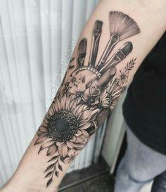 Tatuajes de maquillaje Beauty tattoo idea… Tattoos for beauty experts. Makeup tatto ideas Maquillje tattoo with brushes and lipsticks Lipstick Tattoos, Makeup Tattoos, Body Art Tattoos, Small Tattoos, Sleeve Tattoos, Cool Tattoos, Shear Tattoos, Tatoos, Cosmetology Tattoos