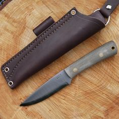 Gary Wines Bushcrafter Knife by LT Wright