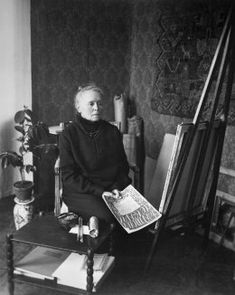 Helene Schjerfbeck (1862-1946) is one of the most important and recognised artists in Finland and the entire Nordic region. During her life, she produced an extensive oeuvre including oil paintings, watercolours, drawings, lithographs and textile designs. Ekenäs, the town loved by Helene, served as a source of inspiration for the artist. What better way to explore the city than to follow the footsteps of the world-famous artist?