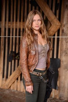 #Revolution / NBC / Charlie~~ This chick is boss. like, legit. But what's up with the small tank tops?