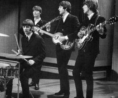 John Lennon, Paul McCartney, George Harrison, and Richard Starkey The Beatles 1960, Beatles Band, Beatles Love, Beatles Photos, The Four Loves, The Fab Four, Richard Starkey, Lennon And Mccartney, The Beach Boys