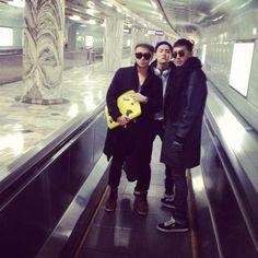 誠珉推特更新 @Jsmining  20121122  With twins ^^