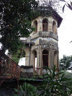 Abandoned fancy at the Villa Rocca botanic garden in Chiavari, Italy. ..♥.Nims.♥