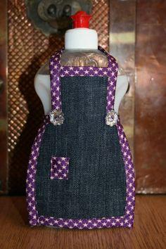 Spüli Schürze Dekoration für Spülmittelflaschen Jeans lila