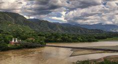 Puente sobre el rio Cauca en Antioquia, Colombia, cerca de Santa Fe de Antioquia #colombia
