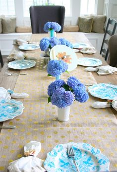 Burlap polka dot table runner. Nesting in the Bluegrass: Bridal Shower Ideas