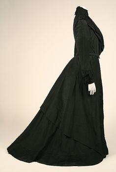 Dress  Date: 1902–3 Culture: American Medium: silk