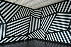 The Daily Muse: Sol Lewitt (1928-2007), Minimalist Artist Curated by Elusive Muse http://elusivemu.se/sol-lewitt/