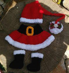 Kit confeccionado em crochê em fio antialérgico  Detalhes lacinho  Cor vermelho/preto e branco  Tamanhos RN/ 1 a 3 meses  Tamanhos maiores 3 a 6/6 a 9 meses $84,90