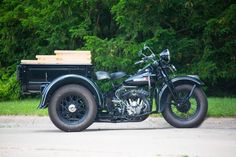 This trike is a combination of two of America's great early workhorses - the Harley-Davidson Servi-Car and the Model T Ford. It was built by Sanders Trike Motorcycle, Harley Davidson Trike, Harley Davidson Road Glide, Old School Motorcycles, Road Glide Special, Custom Harleys, Custom Trikes, Car Ford, Tricycle