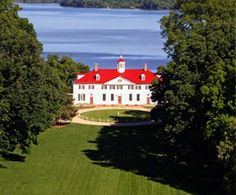 See the home of George Washington on the Mount Vernon and Old Alexandria Tour. You'll visit Mount Vernon House itself as well as the estate's outbuildings, kitchen, greenhouse and gardens while you learn all about on of the country's most beloved presidents.