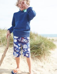 Wind in your sails, sea spray on your face and a steady hand on the tiller as you cut through the chop, our flecked sailor's jumper keeping you warm and focused. Pure cotton and machine washable.