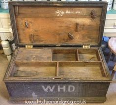 Hutson and Grey - Carpenters chest, thought to be from around the time of WW1. Love the history in this piece!
