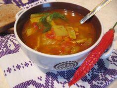 Reteta culinara Ciorba de dovlecel cu fasole verde din categoria Ciorbe. Cum sa faci Ciorba de dovlecel cu fasole verde