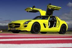 MB SLS AMG fluoresent yellow-green