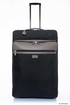 Amancara's Hahn Suitcase comes it two great sizes, medium and large. Pick the perfect size for you on our website.