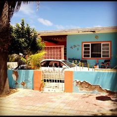 Aruban homes are so colorful!