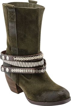 Wrap-around embellishments make these Antelope Boots stand out