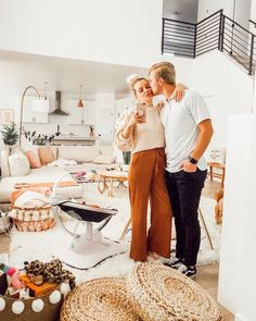 Heading out on our first date night since Cove was born! I think it's so so so important to take time for ourselves every once in a while… Aspyn And Parker, Aspyn Ovard, First Dates, Night, Youtubers, Ootd, Baby, Instagram, Fashion