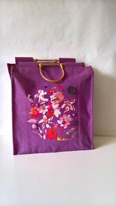 Shop Bag violet with colored flower in the center by InSetArte