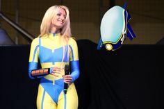 Elena Fata Livia intepreta Goodhero, qui con Goody sul palco di #cospladya (Foto Alessandro Sciacca)