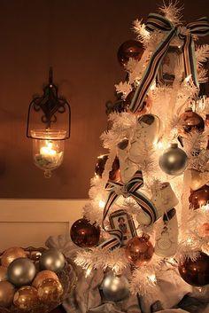 White Christmas tree love