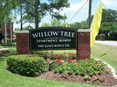 Willow Tree, #Houston, TX - Willow Tree offers #1bedroom to #2bedroomunits. Rent starts at $589.00. Willow Tree is conveniently located in Houston near the Baytown area(s). Call the leasing office for additional specials and promotions. Sign-up to view full details and to view other #Houstonapartments!