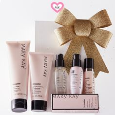 Masks, products, home treatments for the care of the skin of the face. Spa Facial, Mary Kay Ash, Custom Made Gift, Mary Kay Cosmetics, Beauty Consultant, My Beauty, Pink Ladies, Instagram, Gifts